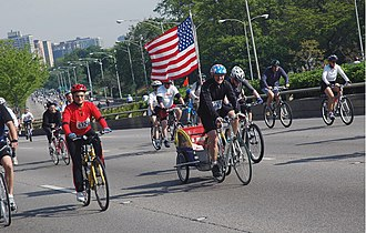 Cycling in Chicago - Bike The Drive 2005
