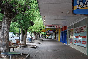 Chinchilla, Queensland - Footpath on the main street of Chinchilla