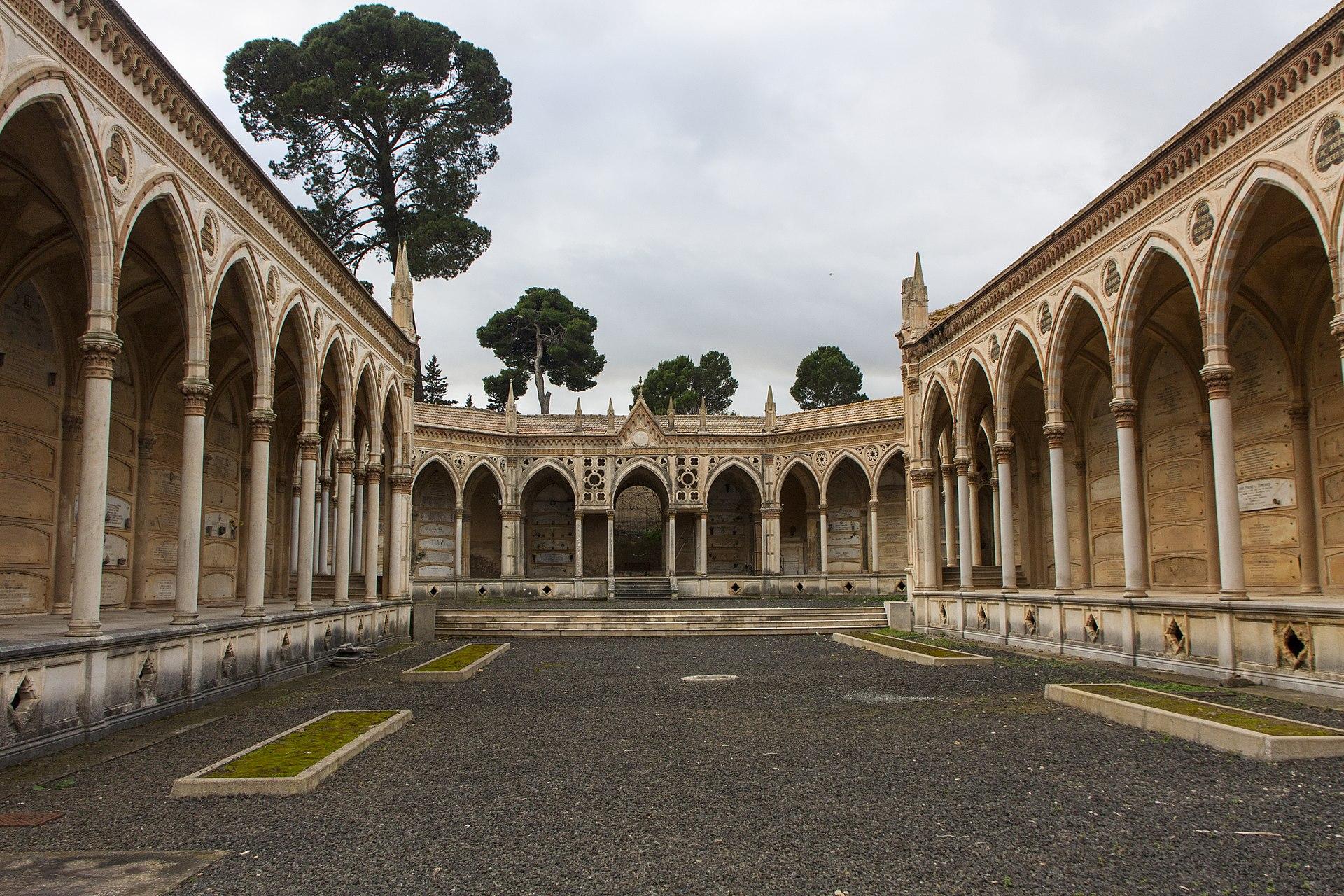 Cimitero monumentale di Caltagirone 06.jpg