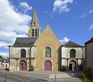 Cloyes-sur-le-Loir - Image: Cloyes Eglise St Georges 01