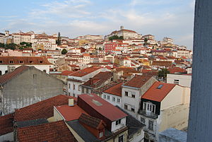 Santa Cruz (Coimbra) - The urbanized area of Santa Cruz extending towards University Hill in the old quarter of Coimbra