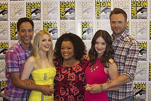 Community (TV series) - Danny Pudi, Gillian Jacobs, Yvette Nicole Brown, Alison Brie and Joel McHale at San Diego Comic-Con 2012