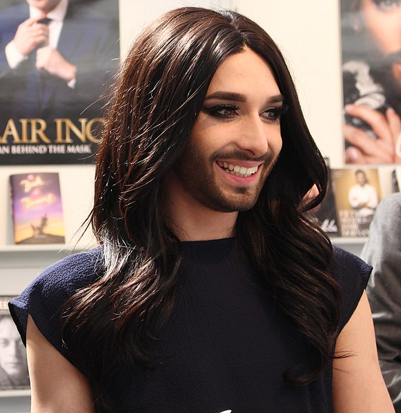 581px-Conchita_Wurst_-_London_Book_Fair_