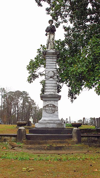 Eutaw, Alabama - Confederate statue in Eutaw