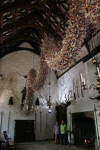Cotehele - Image: Cotehele House, The Christmas Garland geograph.org.uk 1604452