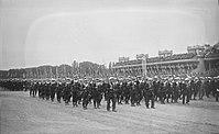 Défilé troupes Poulmic 14 juillet 1922.jpg