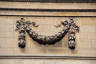 Festoon - Architectural festoon from the Panthéon in Paris
