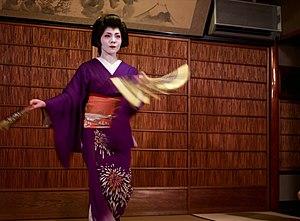 Buyō - A geisha in Kyoto performing a buyō dance