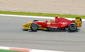 Dani Clos - Clos driving for Racing Engineering at the Catalunya round of the 2009 GP2 Series season.