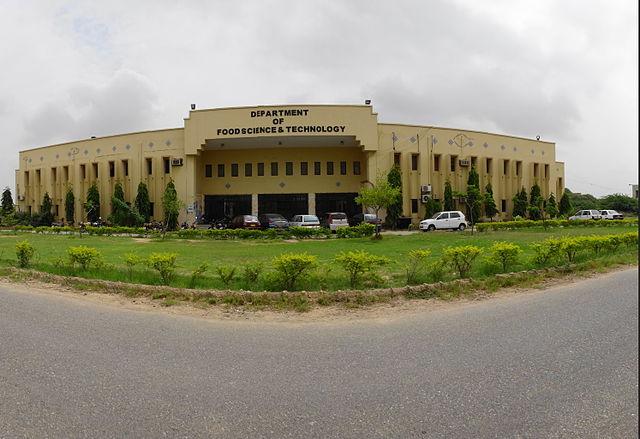 Cuisine of Karachi: Food Industries in Karachi and Food Technology