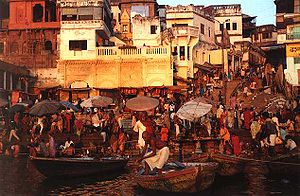 Desaswamedh Ghat in Varanasi, crowded with pilgrims at sunrise. Photographed in November 1996 by Andy Carvin.