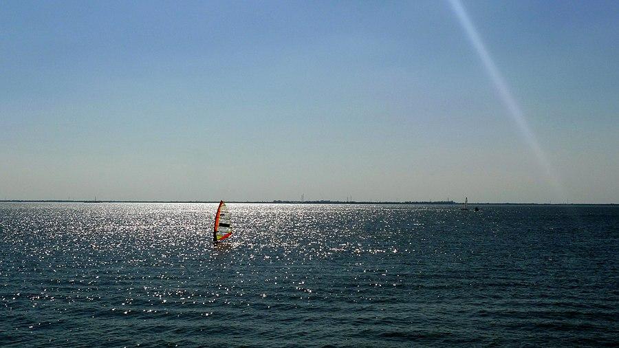 Dianshan Lake