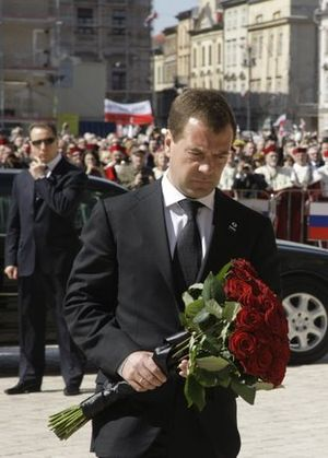 Death and state funeral of Lech and Maria Kaczyński - Russian President Dmitry Medvedev lays flowers in memory of Lech and Maria Kaczyński in Kraków on 18 April 2010.