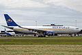 EC-IDB Iberworld airlines (2154290740).jpg