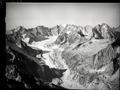 ETH-BIB-Albignagletscher, Cima della Bondasca, Vadrec da l'Albigna, Piz Cengalo v. N. aus 3400 m-Inlandflüge-LBS MH01-007827.tif