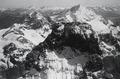 ETH-BIB-Matterhorn, Weisshorn im Hintergrund-Inlandflüge-LBS MH05-16-07.tif