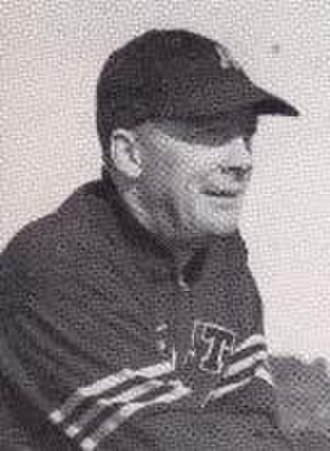 Earl Blaik - Image: Earl Blaik head coach at West Point, 1945