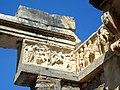 Efez, Świątynia Hadriana SDC11940.jpg