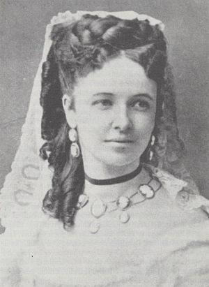 Emma Albani - Emma Albani at the time of her debut as Amina