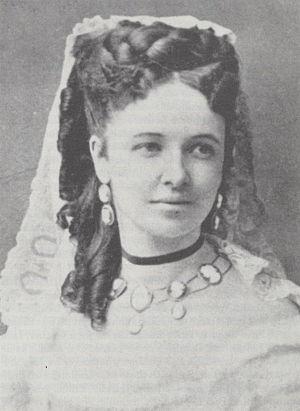 Emma Albani - Emma Albani at the time of her debut as Amina