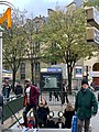 Entrée Station Métro Gambetta Paris 4.jpg