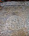 Evangelistide kujutisega hauaplaat Järva-Peetri kirikus.jpg