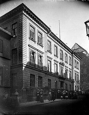 1861 in Sweden - Image: Exteriörbild från Lärarinneseminariet, Riddargatan 6, Stockholm, troligen 1910 tal Nordiska Museet NMA.0054000