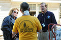 FEMA - 42398 - Community Relations Workers Speak with Volunteer.jpg