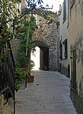 FR Gassin old town 1.jpg
