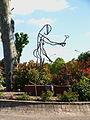 Ferrières-en-Gâtinais-FR-45-statue-rond point-09.jpg