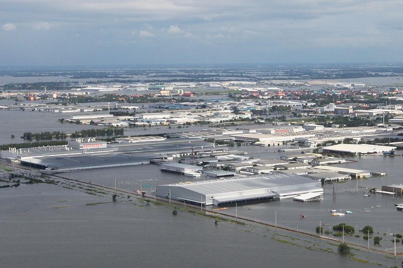 File:Flooding of Rojana Industrial Park, Ayutthaya, Thailand, October 2011.jpg