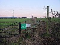Footpath to High Ground - geograph.org.uk - 113527.jpg