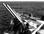 Forward guns of USS Hyman (DD-732) off Korea in 1952.jpg