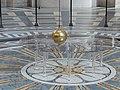 Foucault pendulum at Panthéon de Paris (24466666577).jpg