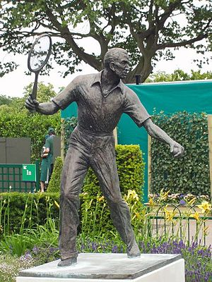 Fred Perry - A statue of Fred Perry at the All England Lawn Tennis Club in Wimbledon