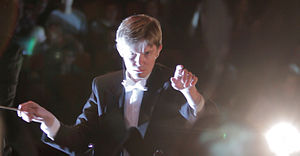 Elektra (Suspekt album) - Frederik Magle conducting the orchestra in Koncerthuset at the release concert.
