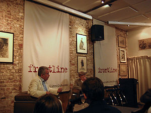 Martin Bell - Martin Bell addresses a Frontline Club forum in 2007