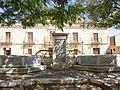 Fuente del Ayuntamiento de Casas de Ves - panoramio.jpg
