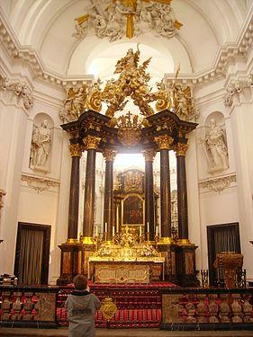Fulda Dom St. Salvator & Bonifatius Innen Hochaltar 1.JPG