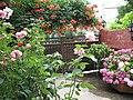 Gönen bahçeleri çiçekli giriş by ismail soytekinoğlu - panoramio.jpg
