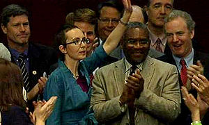 English: Gabrielle Giffords returns to the Hou...
