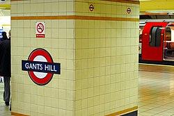 Gants Hill (89791070).jpg
