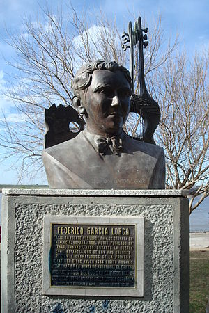 Violin Sonata (Poulenc) - Bust of the poet Federico García Lorca, in whose memory the sonata was written