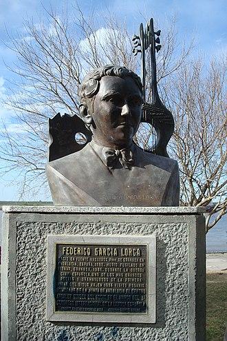 Violin Sonata (Poulenc) - Bust of the poet Federico García Lorca, in whose memory the sonata was written