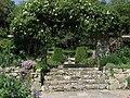 Gateway and steps at Morton Manor - geograph.org.uk - 411869.jpg