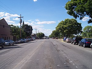 Gerritsen Beach, Brooklyn - Gerritsen Avenue without bike lanes
