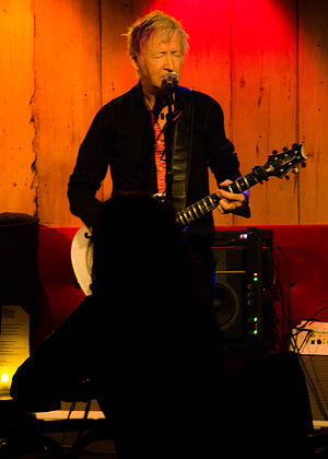 Gerry Leonard - Image: Gerry Leonard Live