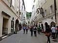 Getreidegaße Salzburg Austria - panoramio.jpg