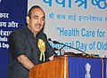 Ghulam Nabi Azad addressing at the presentation of the Vayoshrestha Samman, 2011, on the occasion of the 'International Day of Older Persons', in New Delhi on October 01, 2011.jpg