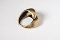 Gold penannular ring reverse.jpg